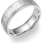 hammered_platinum_wedding_band